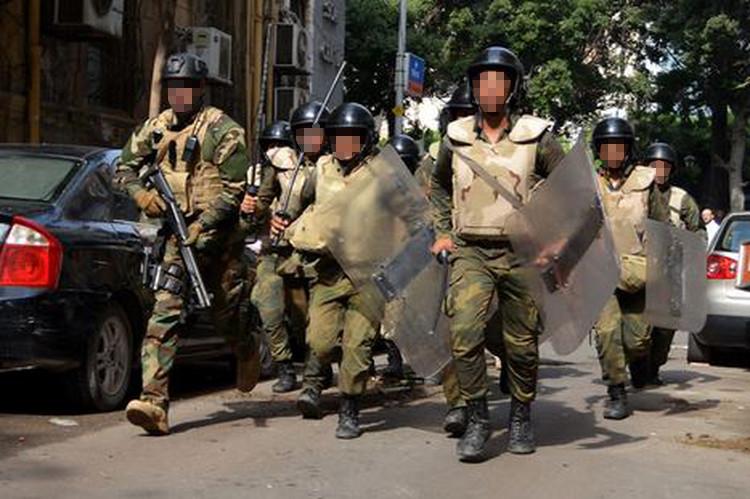 Benelli M4 nelle mani delle forze speciali egiziane
